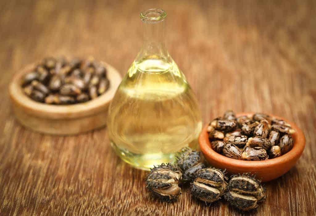 Grow Eyelashes Use castor Oil