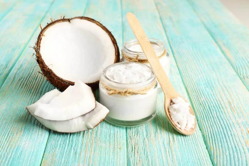 Grow Eyelashes Use Coconut Oil