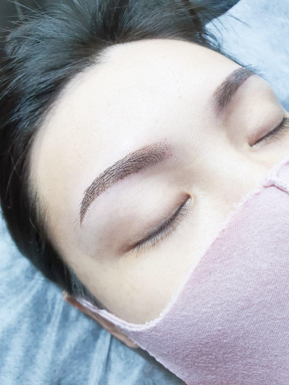 powdered eyebrow embroidery